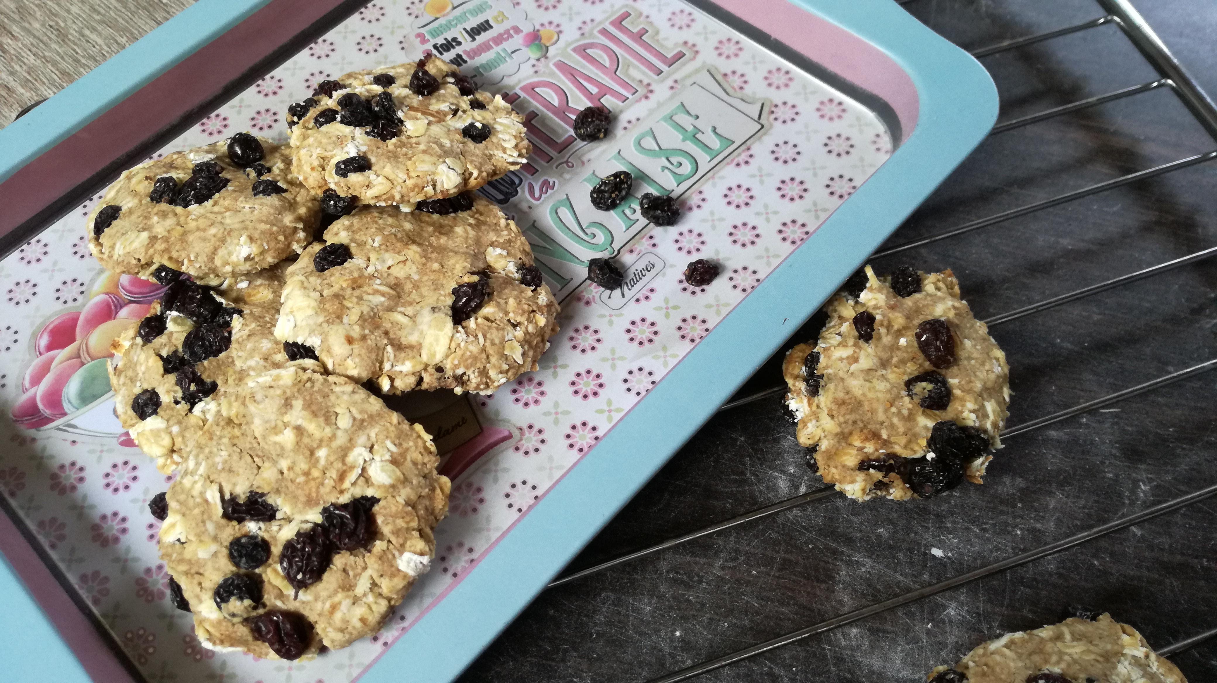 cookies aux raisins sur plateau vegan et sans gluten médical médium compatible