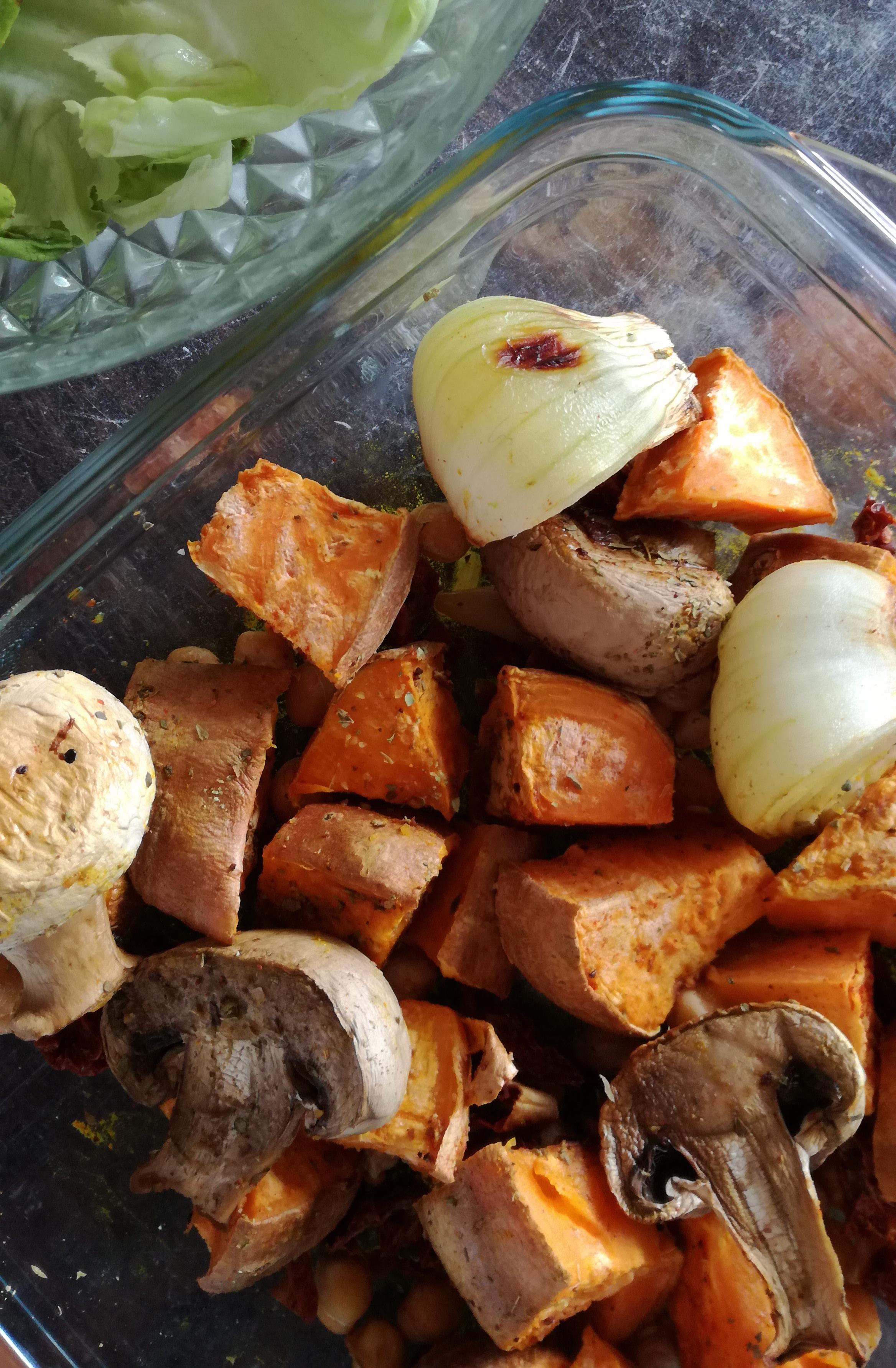 patate douces et légumes rôtis vegan et sans gluten médical médium compatible