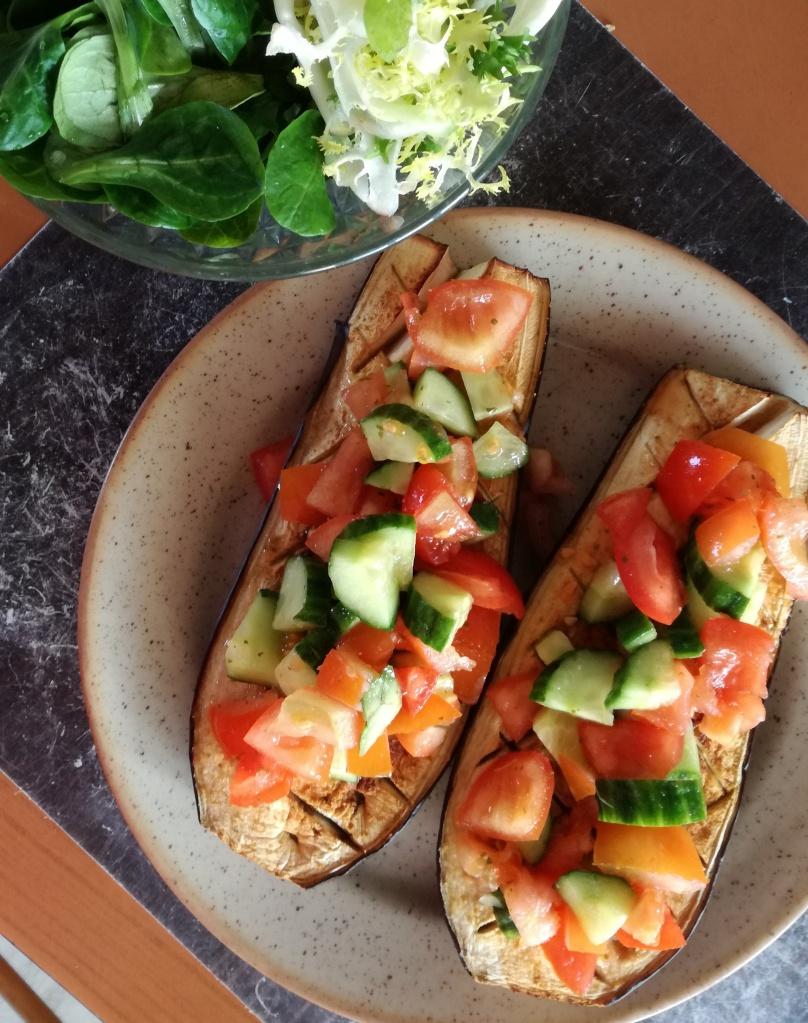 aubergine rôti aux crudités vegan et sans gluten médical médium compatible
