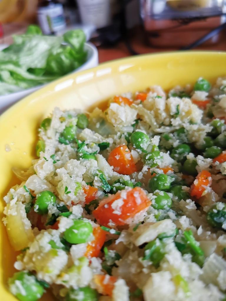 zoom riz cantonais de chou-fleur vegan et sans gluten médical médium compatible