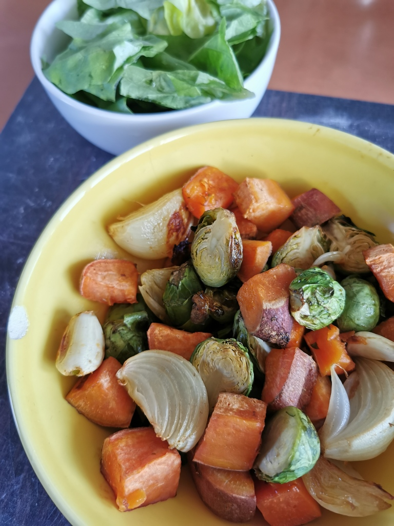 zoom patate douce et choux de Bruxelles rôtis vegan et sans gluten médical médium compatible
