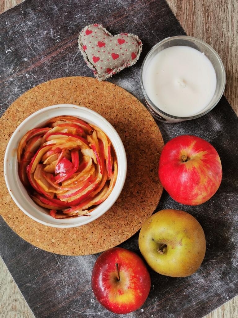 pomme découpée en fleur pour la saint valentin vegan et sans gluten médical médium compatible