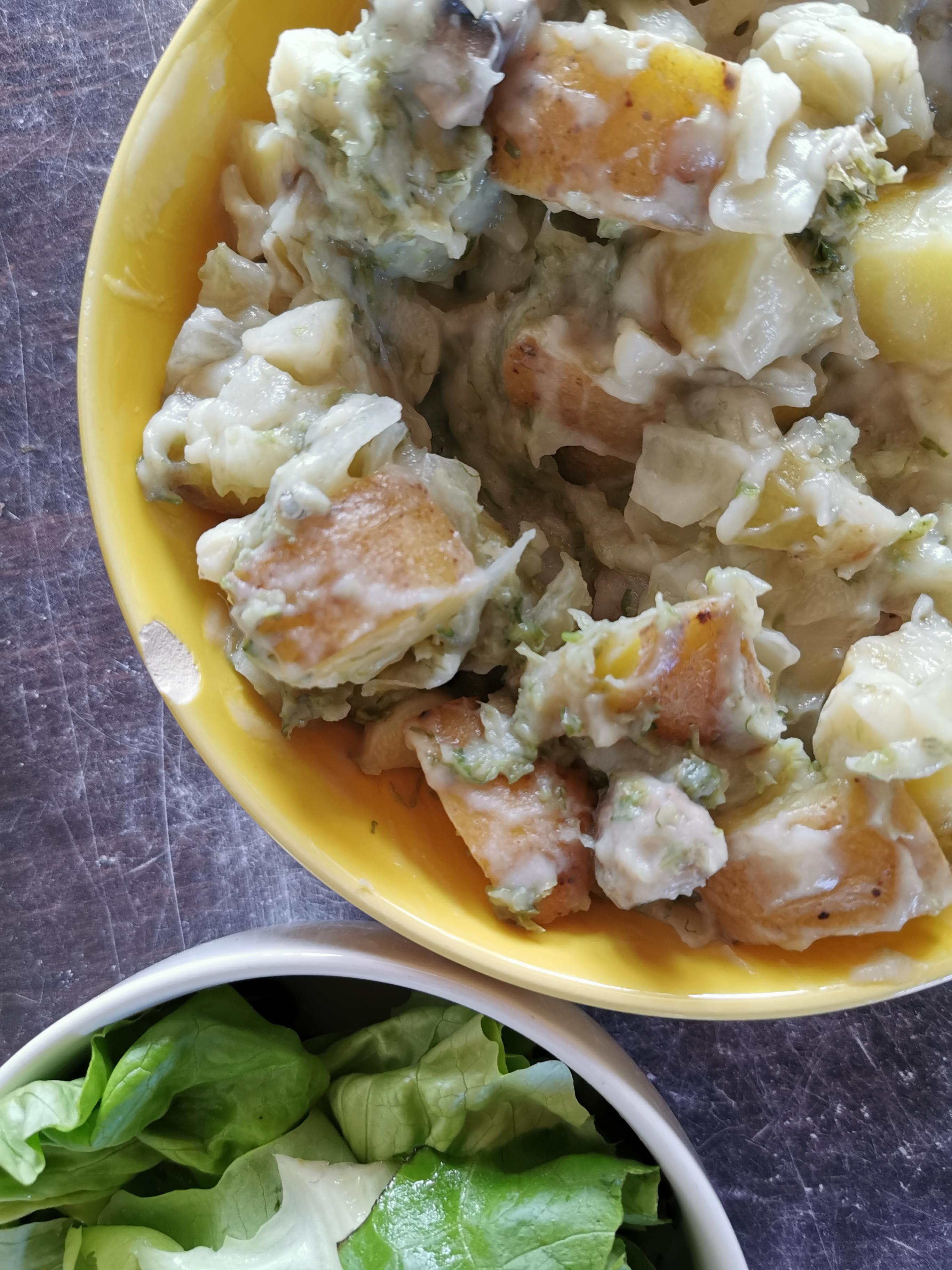 pomme de terre à la crème de chou-fleur et laitue de mer vegan et sans gluten médical médium compatible