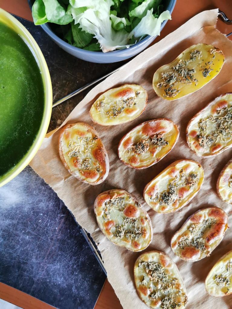 toast de pommes de terre rôties à l'ail et au thym vegan et sans gluten médical médium compatible