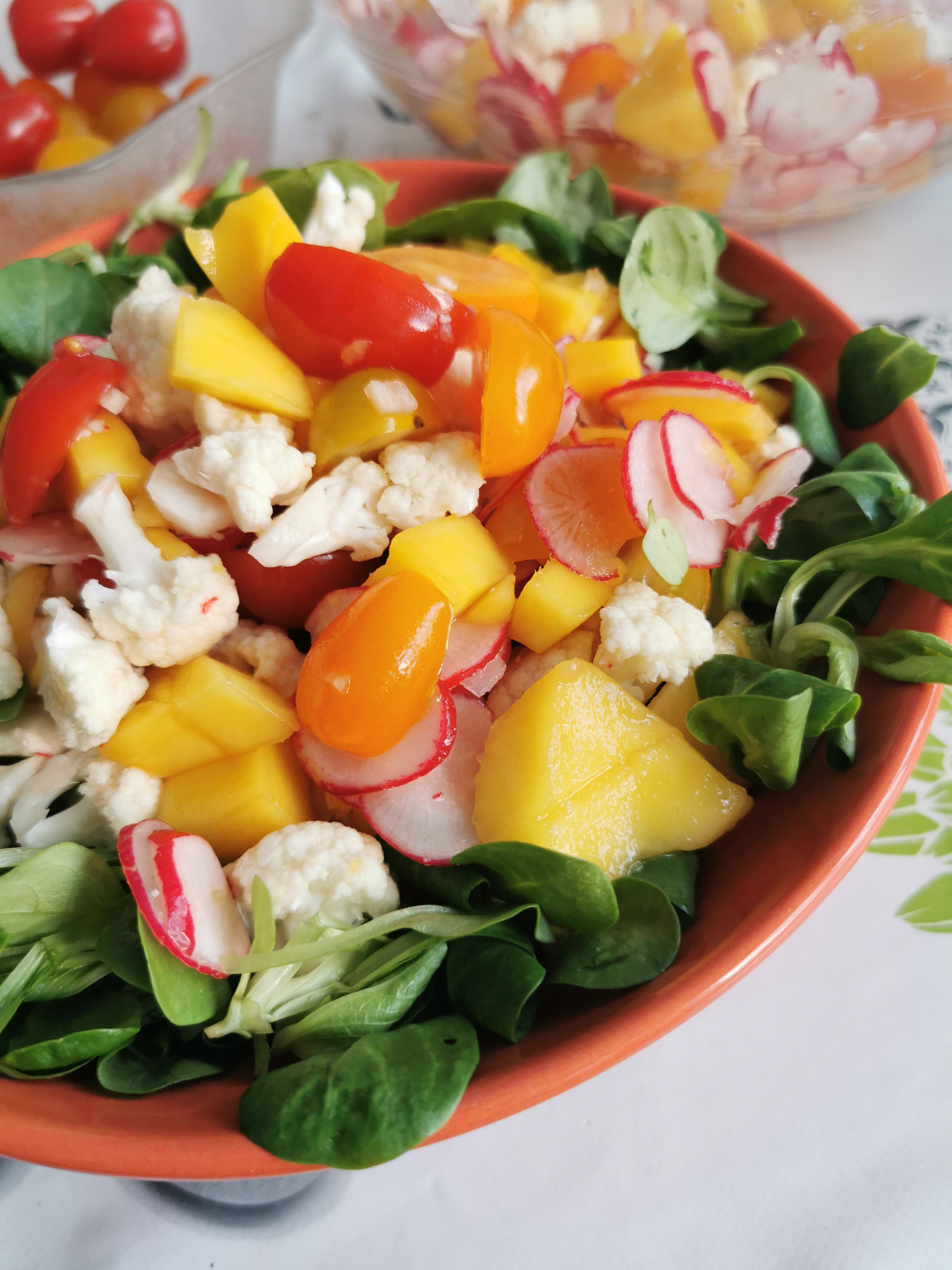 zoom salade de mangue et chou fleur cru vegan et sans gluten médical médium compatible