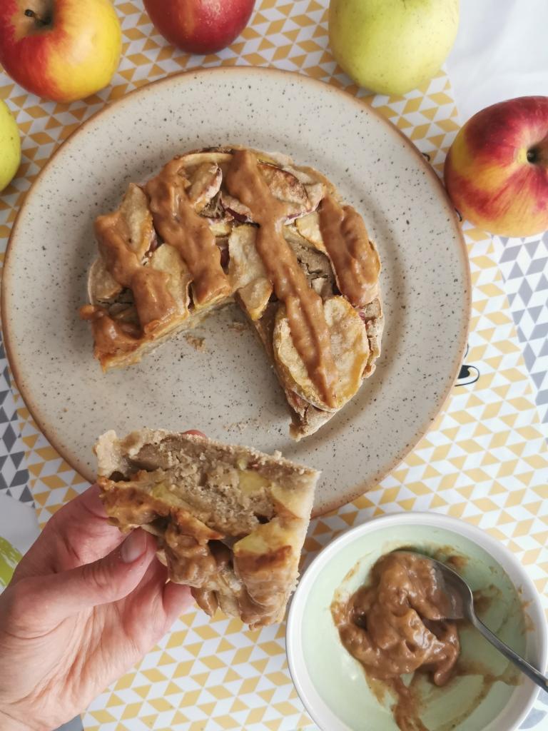 gâteau aux pommes caramel de dattes vegan et sans gluten médical médium compatible