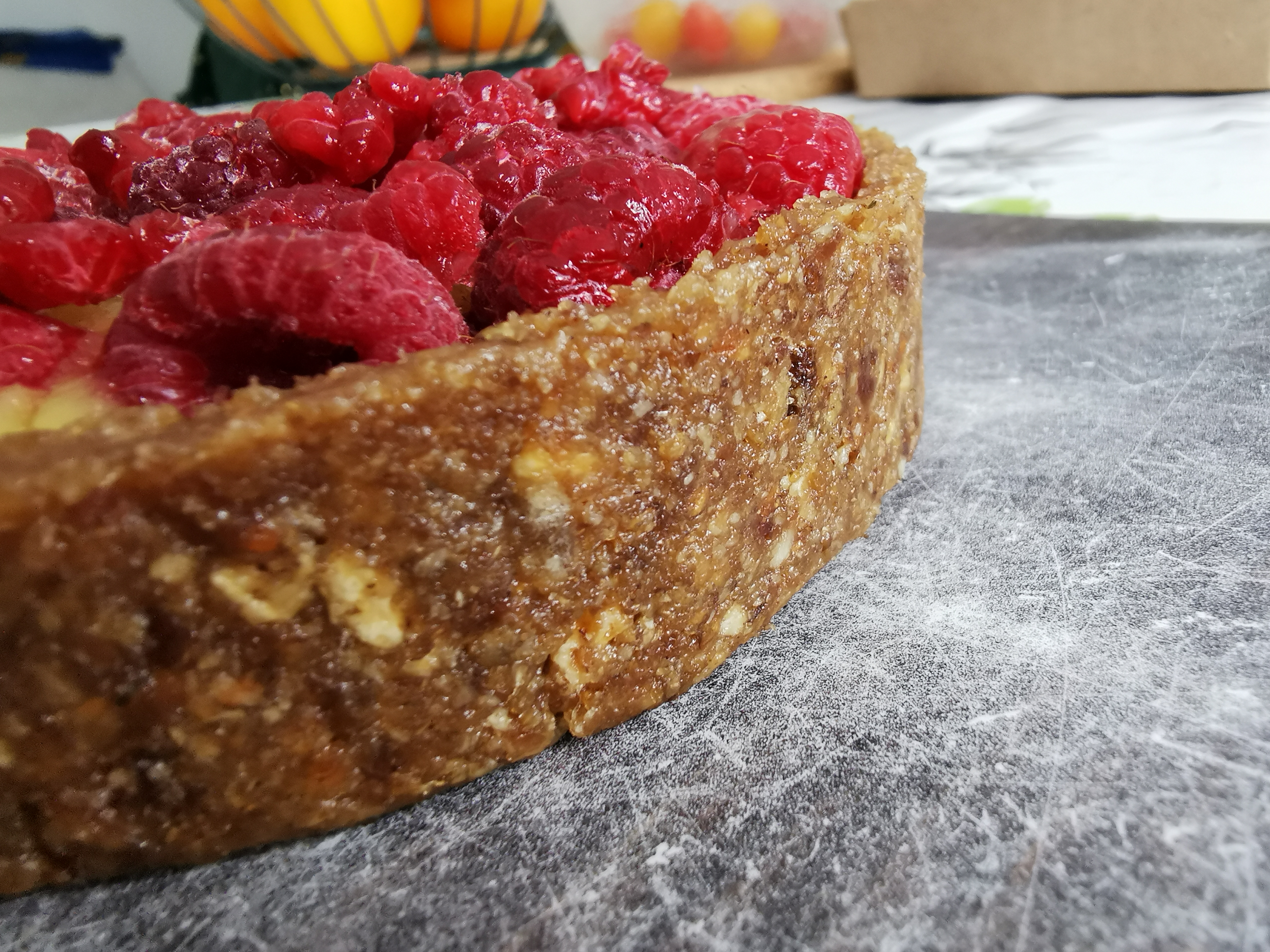 tarte crue mangue framboise sans noix ni gras vegan, sans gluten, médical médium compatible